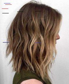 The long bob hairstyles are very common among women. Not too short, not too long, the long bob haircut is reasonable length. Browse the last long bob haircuts. Long Choppy Bobs, Choppy Lob, Long Bobs, Choppy Bob Hairstyles Messy Lob, Wavy Lob Haircut, Haircut Medium, Medium Choppy Bob, Angled Lob, Ling Bob Haircut