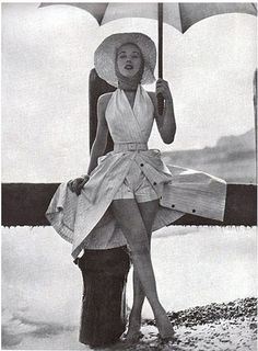 Glam Beach Skorts - Fabulous Photos of '50s Beachwear - Photos