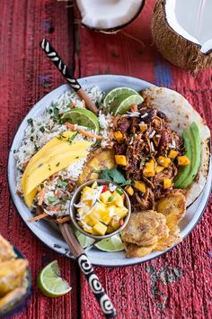 Crock Pot Caribbean Mango Pork and Tropical Rice Plates Pork Recipes, New Recipes, Dinner Recipes, Cooking Recipes, Favorite Recipes, Healthy Recipes, Healthy Breakfasts, Dinner Ideas, Island Food