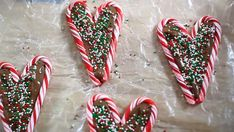 Super Easy Last-Minute Christmas Treats Recipes Christmas Food Treats, Christmas Desserts, Christmas Foods, Christmas Recipes, Holiday Recipes, Easy Homemade Recipes, Homemade Food, Chocolate Hearts, Melted Chocolate