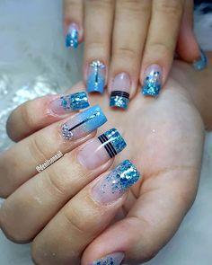 Elegant Nail Art, Pretty Nail Art, Beautiful Nail Art, Blue Acrylic Nails, Glitter Nail Art, Nail Art Stencils, Nail Photos, Rose Nails, Fancy Nails