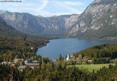 Lake Bohinj - Julian Alps, Slovenia - View all videos at http://destinations-for-travelers.blogspot.com.br/2013/03/lago-bohinj-alpes-julianos-eslovenia.html