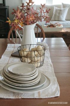 FARMHOUSE 5540: Autumn In The Dining Room