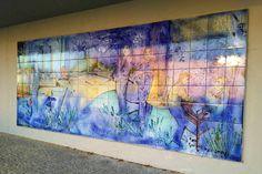 José Emídio  Painel de azulejos executado em 2001 na oficina. 18m2 em azulejo 33 x 33 Colocado na escola secundária Soares Basto, em Oliveira de Azemeis