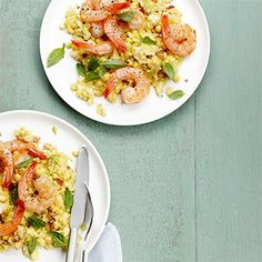 Shrimp and sweet corn grits. Adding sweet corn puts a fresh summer spin on classic shrimp and grits. Fresh Corn Recipes, Quick Recipes, Fish Recipes, Seafood Recipes, Dinner Recipes, Cooking Recipes, Healthy Recipes, Dinner Ideas, Quick Meals