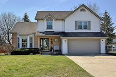 POPULAR Cedar Creek Subdivision 4 bedroom Beauty*Situated on a premier cul-de-sac location that backs close to Knox Park*It has the most amazing private back yard cedar deck with pergola and it also has a large fenced yard and professional landscaping*Inside: