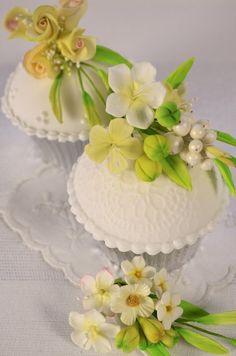 Corsage Cupcakes - by Hilary Rose Cupcakes @ CakesDecor.com - cake decorating website