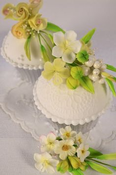 Corsage Cupcakes
