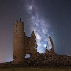 Night Photography, Amazing Photography, Happy Pictures, Happy Pics, Toledo Spain, Day For Night, Milky Way, Abandoned Places, Night Skies