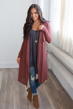 Outfit inspiration for fall | fall fashion | fall trends 2017 | long cardigan with distressed denim