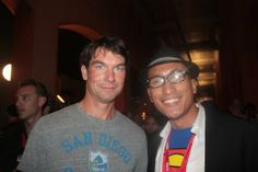 with Jerry O'Connell (STAND BY ME, SLIDERS) at Comic-Con 2010. Check out my movie blog: Rama's SCREEN at www.ramascreen.com and LIKE my Facebook page at facebook.com/ramascreen and follow me on twitter at @RamasScreen
