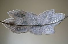 Channel your inner Daisy Buchanan with these gorgeous art deco headpieces. Gatsby Headband, Diy Headband, Headbands, Look Gatsby, Color Wars, Great Gatsby Theme, Hair Ornaments, Wedding Accessories, Fascinator