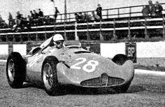"Reims, juillet 56 Trintignant teste la version ""02"" Sports Car Racing, F1 Racing, Road Racing, Race Cars, Bugatti Cars, Ferrari, Le Mans, Grand Prix, Automobile"
