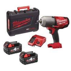 The FUEL™ high torque impact wrench delivers pneumatic fastening performance - up to 1016 Nm max. fastening torque and up to 1626 Nm nut-busting torque The Milwaukee® DRIVE CONTROL&t. Milwaukee Cordless Tools, Milwaukee Tools, Cordless Power Tools, Impact Wrench, Makita, Porn, Guns, Garage, Tools