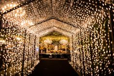 Top 10 Luxury Wedding Venues to Hold a 5 Star Wedding - Love It All Wedding Hall Decorations, Wedding Reception Backdrop, Wedding Entrance, Stage Decorations, Entrance Decor, Decoration Buffet, Different Wedding Ideas, Fairy Lights Wedding, Luxury Wedding Venues