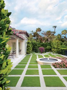 Traditional Outdoor Space by David Easton Inc. | AD DesignFile - Home Decorating Photos | Architectural Digest