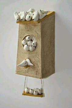 My latest sculptural ceramists crush - Anne-sophie Gilloen Clay Birds, Ceramic Birds, Ceramic Animals, Ceramic Clay, Ceramic Pottery, Pottery Art, Pottery Sculpture, Sculpture Clay, Clay Projects
