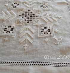 Bargello, Cross Stitch Embroidery, Projects To Try, Couture, Towels, Hardanger Embroidery, White Embroidery, Dots, Embroidery Stitches Tutorial