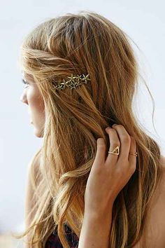 Star Cluster Hairpin - Urban Outfitters