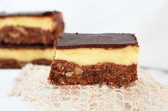Felii Nanaimo | Tiramisu, Ethnic Recipes, Desserts, Food, Tailgate Desserts, Deserts, Eten, Postres, Dessert