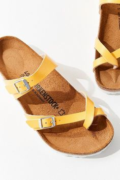 Slide View: Birkenstock Mayari Sandal - ~ b d a y w i s h l i s t ~ - Woman Shoes Style Grunge, Soft Grunge, Shoe Boots, Shoes Sandals, Ankle Boots, Flats, Shoes Sneakers, Vans Authentic, Crazy Shoes