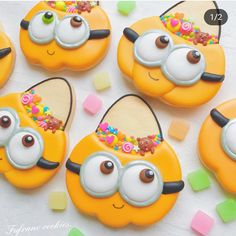 Halloween sugar cookies that will be perfect for spooktacular School Parties - Halloween Ideas - Mastercrafter - DIY Christmas Ideas ♥ Homes Decoration Ideas Crazy Cookies, Fall Cookies, Iced Cookies, Cute Cookies, Easter Cookies, Holiday Cookies, Cupcake Cookies, Cookies Et Biscuits, Cupcakes