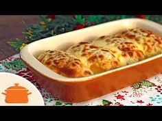 Pão de alho delicioso e fácil de fazer. Com recheio e cobertura de queijo. Vem aprender! Ingredientes: - 4 pães tipo bisnaguinha - 1 colher (sopa) rasa de ma...