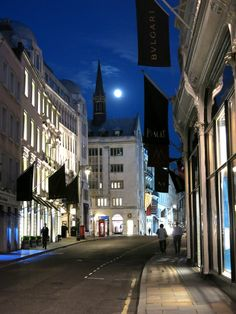 Midnight stroll along Bond Street.