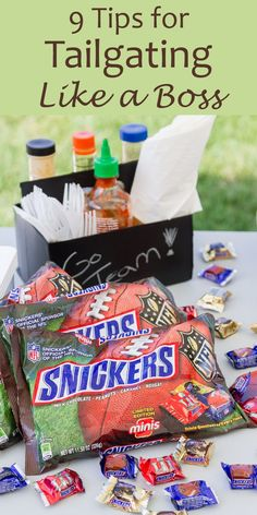 9 Tips for Tailgating Like A Boss with Snickers NFL Minis - you know I love tailgating and football - you're going to be the MVP of the tailgate party! Tailgating Recipes, Tailgate Food, Great Recipes, Snack Recipes, Drink Recipes, Minis, Snickers Chocolate, Nfl, Football Food
