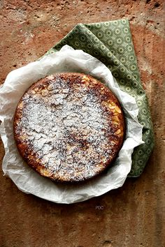 PANEDOLCEALCIOCCOLATO: Torta di mandorle e ricotta senza glutine - Almond Cake