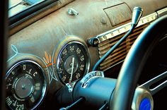 Pinstriped Dash by tvDAVEpgh on Flickr.