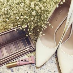 """""""The perfect combo for this Labour Day long weekend  #labourday #queensland  #ninewest @ninewestaus #meccabeautyjunkie @meccamaxima #toofaced #urbandecay #tatiana #fashion #instalove #instabeauty #style #whiteheels #beauty #bblogger #makeup"""" Photo taken by @noskam on Instagram."""