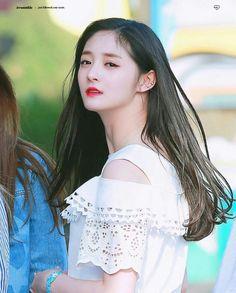 Korean Actresses, Actors & Actresses, Ioi Pinky, Girl Drawing Pictures, Kim Doyeon, Best Kpop, China Girl, Korean Girl Groups, Kpop Girls