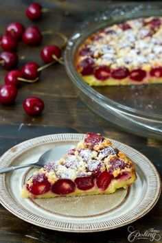 ) one of the easiest French desserts you can ever make, simply perfect for cherry season and is absolutely amazing. A custard like base and lots of cherries on top, sprinkled with a bit of powdered sugar, it is best French Desserts, Just Desserts, Delicious Desserts, Yummy Food, Cherry Desserts, French Recipes, Cherry Clafoutis, Summer Dessert Recipes, Cherry Recipes