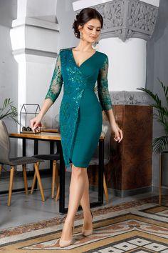 New Dress Pattern, Dress Patterns, Indian Designer Outfits, Designer Dresses, Elegant Dresses, Cute Dresses, Lace Dress Styles, Mother Of Bride Outfits, Evening Dresses Plus Size