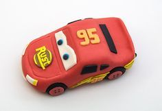 How to make Lightning Mcqueen fondant figure by easy-recepti.blogspot.com