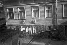 Backyard at Toinen linja Helsinki The Old Days, Historical Pictures, Helsinki, Old Pictures, Finland, Old Things, Backyard, Washing Lines, History