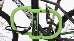Dispositivo transforma postes em estacionamentos para bicicletas