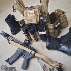 -  slyshoot3r (IG) Tactical Medic, Tactical Vest, Tactical Clothing, Tactical Survival, Survival Gear, Plate Carrier Setup, Plate Carrier Vest, Airsoft, Battle Belt