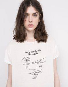 EMBROIDERED SHORT SLEEVED T-SHIRT - T-SHIRTS & TOPS - WOMAN - PULL&BEAR Turkey