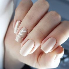 What Christmas manicure to choose for a festive mood - My Nails Frensh Nails, Nail Manicure, Cute Nails, Pretty Nails, Pedicure, Bridal Nail Art, Nagellack Design, Light Nails, Classic Nails