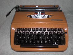 Mechanische Reiseschreibmaschine Privileg 270 mechanical typewriter