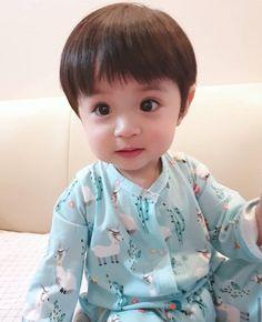 Cute Baby Boy, Cute Little Baby, Little Babies, Little Boys, Cute Kids, Cute Babies, Baby Kids, Ulzzang Kids, Korean Babies