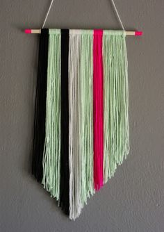DIY Yarn Art - mint and neon pink