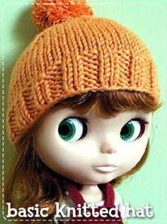 XOXO Blythe patterns: knit & sew