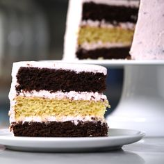 Cake salmon, leeks and dill - Clean Eating Snacks Pear Recipes, Easy Cake Recipes, Candy Recipes, Pear Cake, Salty Cake, Brownie Cake, Cake Tins, Sweet And Salty, Savoury Cake