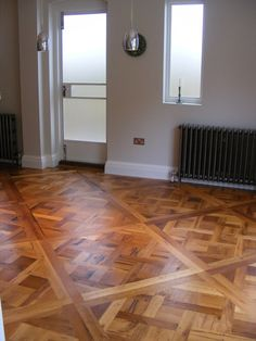 Versailles parquet panels made from solid old oak. 1000*1000*23 mm