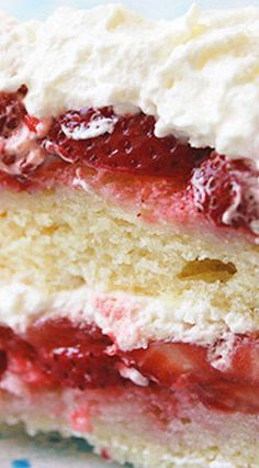Strawberry Cake!!