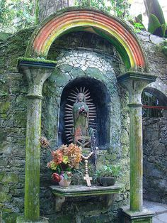 Statue of La Virgen de Guadalupe, Las Pozas