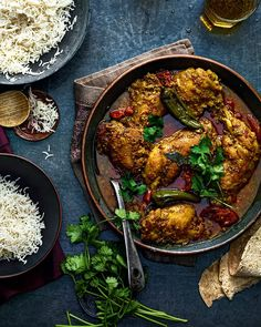 Punjabi Chicken Curry, Thai Chicken Recipes, Morrocan Food, Masala Sauce, Sweet Potato Curry, Indian Food Recipes, Ethnic Recipes, Vegetable Curry, Curry Recipes